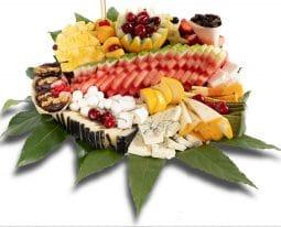 מגש פירות-משולב גבינות