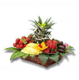 סלסלת אוהבים - תותים ואננס