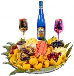 מגש פירות משולב יין בלו נאן