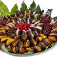 מגש תמרים משולב פירות יבשים